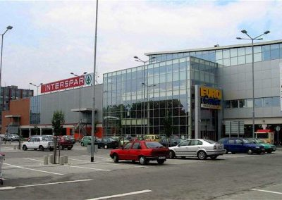 Social and Shopping Center in Hradec Králové