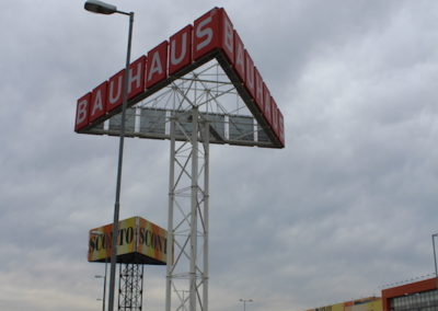Bauhaus Bratislava Pharos