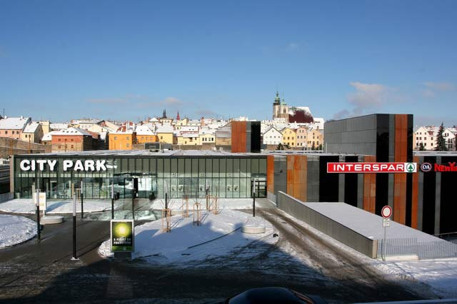 City Park Jihlava – INTERSPAR (vestavba supermarketu)